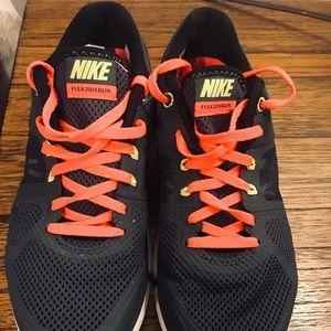 👟👟Women's Nike running shoes size 6.5👟👟